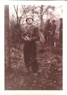 LOT 4 PHOTOS  MILITAIRE SOLDAT MITRAILLETTE - Guerre, Militaire