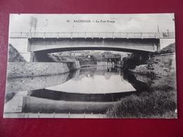 59  MAUBEUGE  Le  Pont  Rouge - Maubeuge
