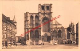 St. Pieterskerk - Mathie De Layensplaats - Leuven - Leuven