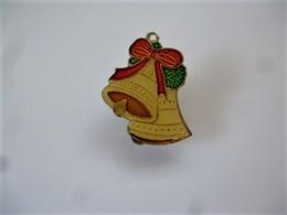 PINS DOUBLES CLOCHES DE PÂQUES  / 33NAT - Noël