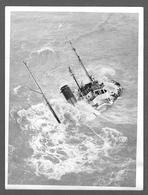 PHOTO PRESS - NAVIRE - Merchant Ship Sunk - MERCANTILE BRITISH RUMANIA ???? - Marchand - Barche