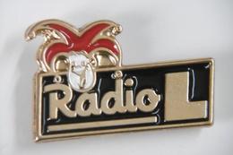 Pin's - Médias RADIO L - Médias