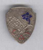 Badge C.A.F. Club Alpin Français émaillé - Circa 1960 - Sports D'hiver