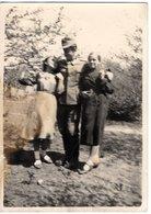 Foto 2. WK - Soldat Mit 2 Frauen - Fotografie