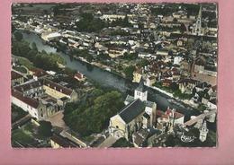 CPSM Grand Format-   Montmorillon - Vue Aérienne L(hôpital,l'église,Notre Dame,le Vieux Pont,église St Martial - Montmorillon