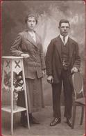 Oude Foto Studio Portrait Couple Koppel Romance Romantiek Old Photo 1920's Photographie Joseph Klapdorp Antwerpen - Noces