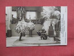 Bremen Museum--Deutsch New Guinea-ref    3552 - Museum
