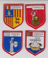 ECUSSON PLASTIQUE X4  Collection SERIE DES GRANDES CAPITALES De DANONE / Andorre,lisbonne,varsovie,athène - Scudetti In Tela