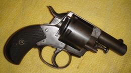 British Bull Dog 455 , Poudre Noire. - Decotatieve Wapens