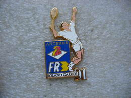 Pin's Arthus Bertrand, Roland GARROS 91, Match DeTennis Diffusés Sur Les Chaines Antenne 2 Et FR3 - Arthus Bertrand