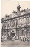 9. TROYES . HOTEL DE VILLE . COMMENCE EN 1624 , TERMINE EN 1670  .CARTE TRES ANIMEE NON ECRITE - Troyes