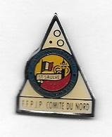 Pin's  Ville, F.F.P.J.P, Sport  Pétanque  Championnat  De  France Doublette  Et  Tête à Tête à  ST  SAUVE En 1993 ( 59 ) - Pétanque