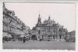 CC 098  /   NAMUR  ,  La BOURSE De COMMERCE / Bel  Autobus  Ancien - Namur