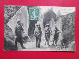 Carte Postale  - LE TREPORT (76) - Pêcheurs De Crevettes (3152) - Le Treport