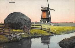 Windmolen Molen Windmill Moulin à Vent  Volendam    L 581 - Windmolens