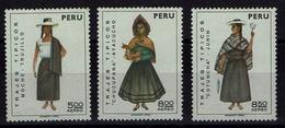 Peru 1973 - Trachten  Folk Costume - MiNr 936-938** - Kostüme