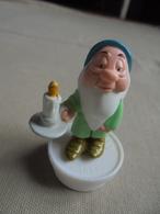 Figurine Disney Nain De Blanche-Neige Bouchon Smarties Nestlé - Disney