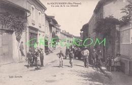 87 : ST / SAINT VICTURNIEN Haute Vienne , Un Coin De La Rue ALLUAUD Rare - France