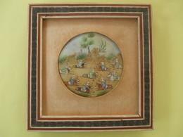 @ Peinture Sur Nacre ( Cadre Bois ) , Téhéran Années 1970 , Combattants ( Cavaliers ) @ - Oriental Art