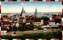 Passepartout Cp Haguenau Hagenau Im Elsass Bas Rhin, Totalansicht Vom Ort, Kirche, Rathaus, Mauer - France