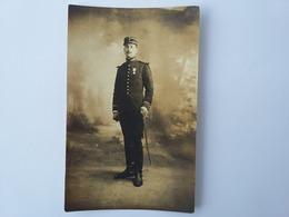 CPA 1912 Photo D'un Soldat  Position Debout Régiment à Déterminer - Personnages
