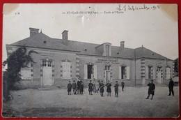 SAINT ELOY DE GY   Ou ELOI   Ecole Et Mairie - Other Municipalities