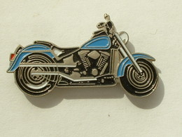 PIN'S MOTO - HARLEY DAVIDSON - Motos