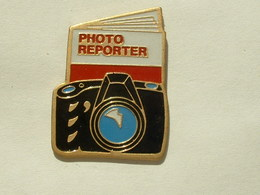 PIN'S PHOTO REPORTER - Photographie