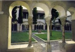Benevento - Chiostro S.sofia - Formato Grande Viaggiata – E 13 - Benevento