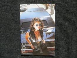 CPM Publicité MODE Accessoire Lunette Sunglasses VOGART - Femme Sexy Gilet Cuir Soutien Gorge Voiture - Moda