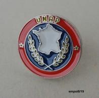 Pin's UNRP - UNION NATIONALE DES RETRAITES DE LA POLICE - Police