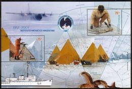 Argentina - 1951 - 2001 - 50 Ans De L'Institut Antarctique Argentin - Les Dinosaures De L'Antarctique - Blokken & Velletjes