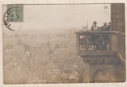 9AL1790 CARTE PHOTO PERSONNAGES AU BALCON STRASBOURG 1919 POUR MR VOREUX ROUBAIX 2 SCANS - Photographie