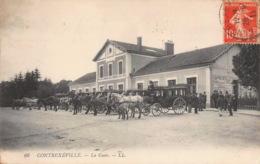 CONTREXEVILLE  La Gare Et Les Calèches à Cheval  30 (scan Recto Verso)MG2828TER - Vittel Contrexeville