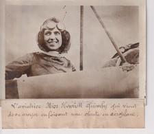 AVIATEUR MISS HENRIETT QUIMBY HARRIET  DESNOYER CHUTE EN AEROPLANE 18*13CM Maurice-Louis BRANGER PARÍS (1874-1950) - Aviación