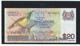 """VINTAGE !  """"A"""" Prefix  ! SINGAPORE $20 BIRD SERIES PAPER MONEY BANKNOTE A/67-576923 ( #51C) - Singapore"""