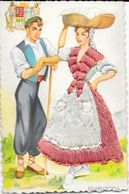 Couple En Costume Espagnol: Guipuzcoa - Carte Non Circulée Avec Robe Brodée, Illustration Eloi Gumier, Edition F. Molina - Costumi