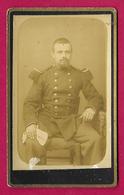 Photographie CDV - Studio Anonyme - Portrait D'un Militaire - Insignes Régimentaires 17 Au Col - War, Military