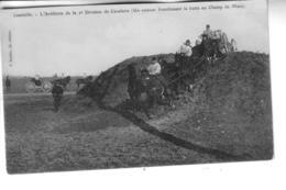 LUNEVILLE    L'Artillerie De La 2ème Division De Cavalerie ( Un Caisson Franchissant La Butte Du Champ De Mars ) - Luneville
