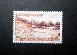 FRANCE 1957 N°1124 ** (BIMILLÉNAIRE DE LYON. 20F LILAS-BRUN ET ORANGE) - Nuovi