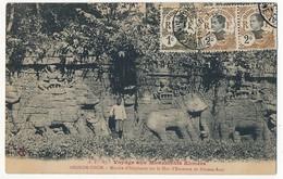 CPA - CAMBODGE - ANGKOR-THOM - Marche D'éléphants Sur Le Mur D'enceinte De Pimean-Acas - Cambodge