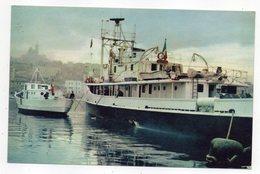"""Bateau """"LA CALYPSO"""" -- Jacques Yves COUSTEAU-- Navire De Recherches Océanographiques--timbre-cachet  HARBONNIERES-80 - Barche"""