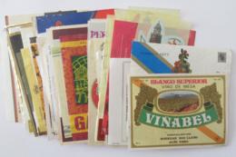 Espagne - Collection D'environ 45 étiquettes De Vins / Alcools Espagnols - 20e Et Début 21e Siècles - Collezioni & Lotti
