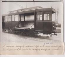 NOUVEAU TRAMWAY FUNÉRAIRE  EN CERCUEIL 18*13CM Maurice-Louis BRANGER PARÍS (1874-1950) - Trenes