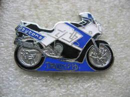 Pin's Moto Daytona De La Marque TRIUMPH - Motos