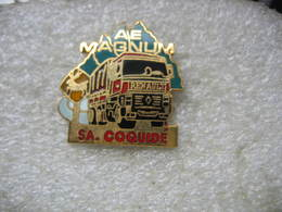 Pin's Ensemble Routier Renault AE Magnum Des Transports SA. COQUIDE - Transports