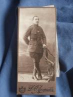 Photo Mini CDV  Ahepukz à Moscou ?  Militaire Russe En Pied  Cachet à Sec 1918 - L457 - War, Military