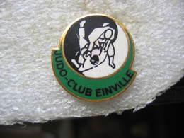 Pin's Du Judo Club De Einville-au-Jard (Dépt 54) - Judo