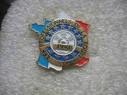 Pin's Carte De France: Les Professionnels De La Route En 1993 - Transports