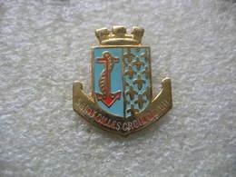 Pin's Armoiries De La Ville De Saint Gilles De Croix De Vie - Villes